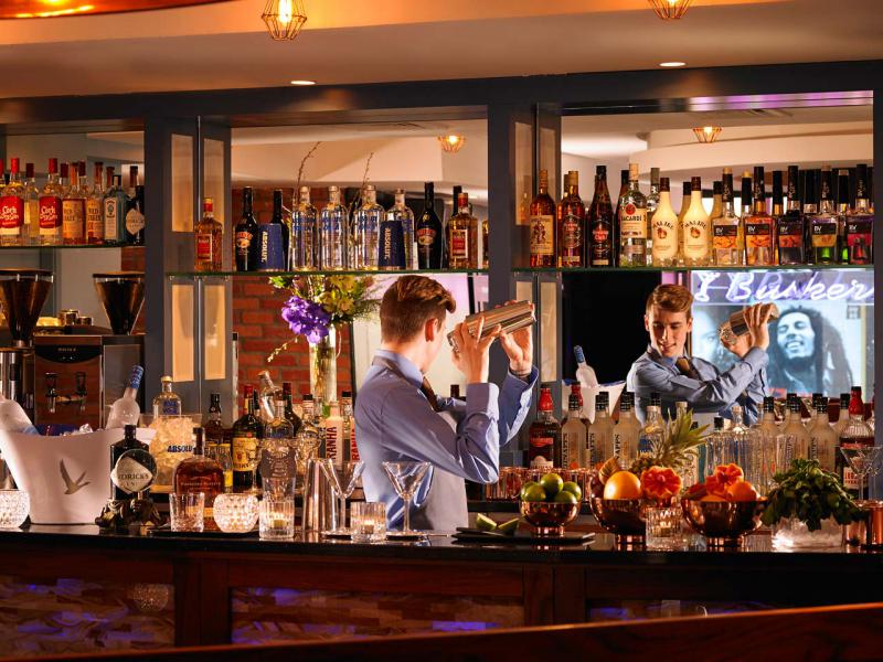 Cocktails in Buskers Bar